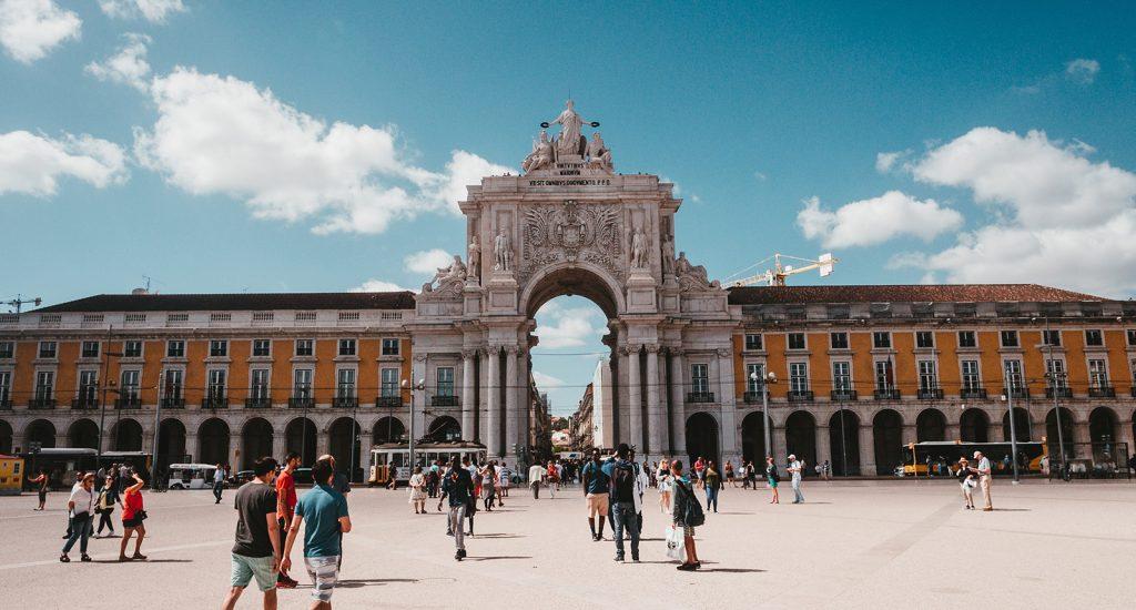 Ainda precisa de motivos para visitar Lisboa? Aqui estão 10!